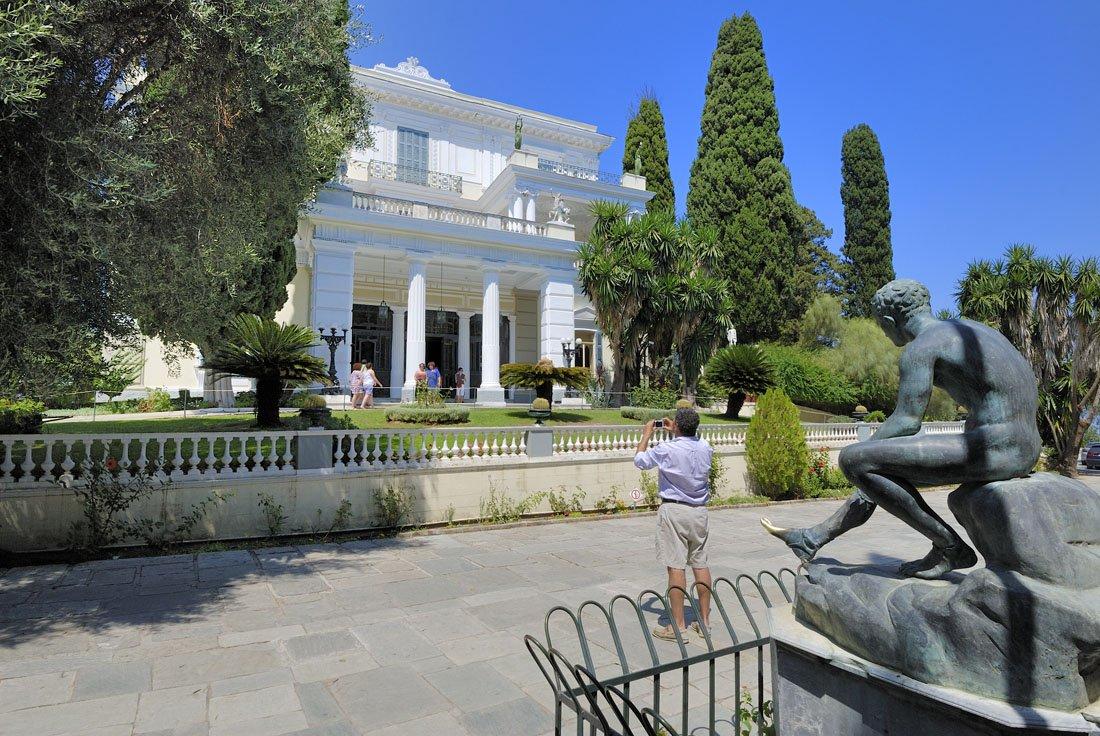 het paleis van sissi op corfu