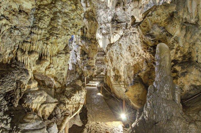 melidoni cave op kreta