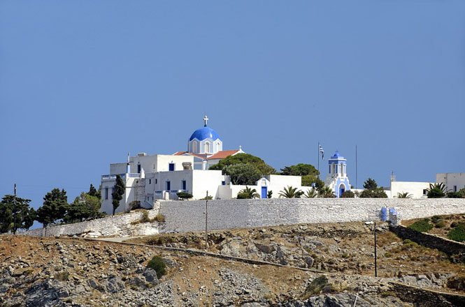 het klooster panagia kastriani op kea, griekenland