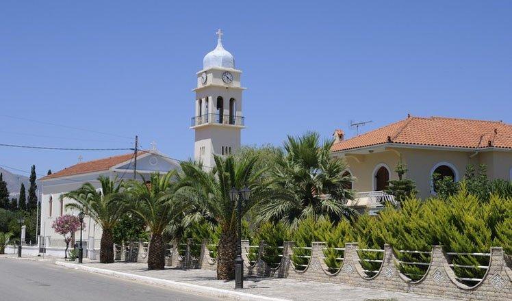 het dorp karavomilos op kefalonia