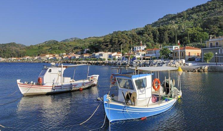 het dorp agios konstantinos op samos