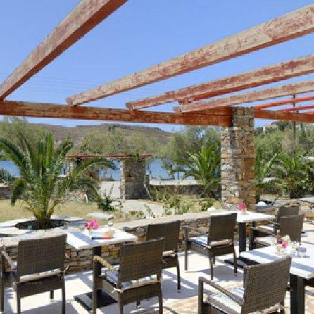 Lionda ross holidays - Strand zwembad natuursteen ...
