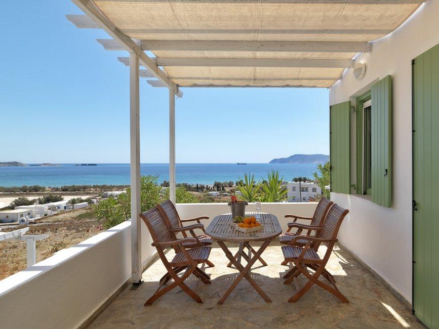 aria hotels-kimolos-alikaki,mersini-veranda.jpg
