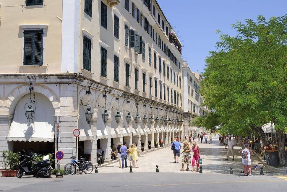 Corfu-stad1